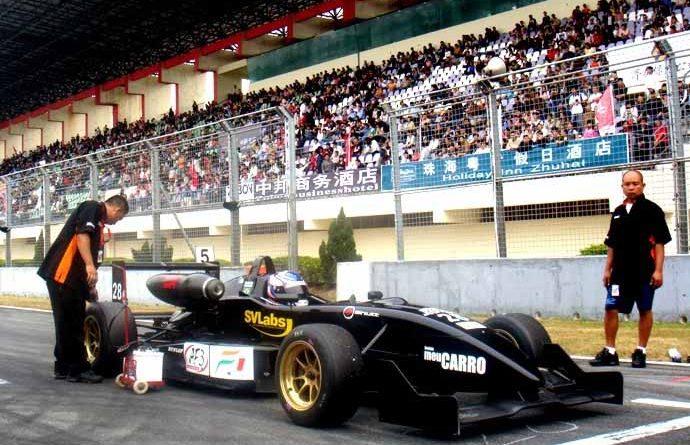 F3: Rafael Suzuki sobe no pódio duas vezes na China