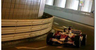 F1: Toyota garante permanência na Fórmula 1