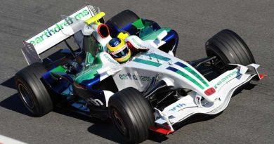 F1: Bruno Senna assina com a Honda e 'aposenta' Barrichello