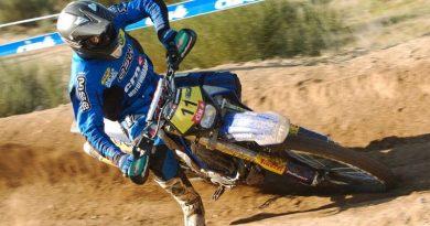 Moto: Felipe Zanol quer manter liderança no Português de Enduro