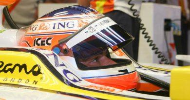 F1: Nelsinho Piquet participa de teste em Barcelona