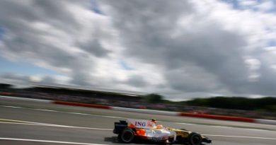 F1: Nelsinho conquista melhor posição de largada