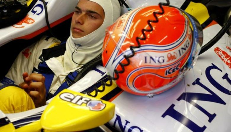 F1: Nelsinho Piquet larga na oitava fila em Valência