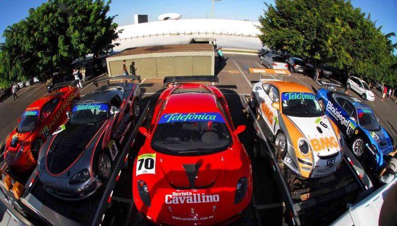 GT3 Brasil: Telefônica Speedy GT3 Brasil faz carreata em Brasília
