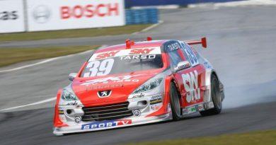 Stock: Piloto da SKY Racing, Tarso Marques larga na quarta fila em Curitiba