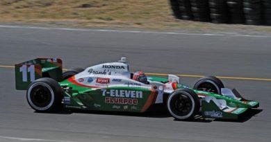 IndyCar: Tony Kanaan larga na 2a fila na Califórnia