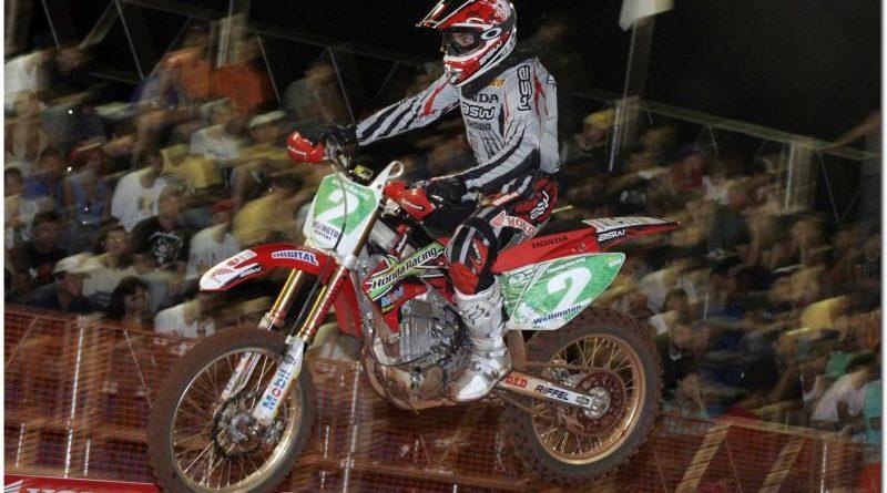 Arena Cross: Team Honda domina primeira etapa