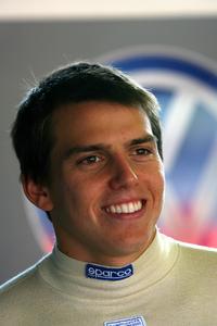 F3 Inglesa: Adriano Buzaid fecha com atual campeã para a temporada da Fórmula 3 Inglesa