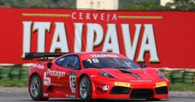 GT3 Brasil: Ferrari Scuderia abre sábado na frente