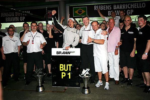 F1: Button responde a Briatore 'Ele tentou me contratar em 2009'