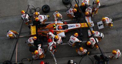 F1: Briatore viaja a Paris e se reúne com Carlos Ghosn