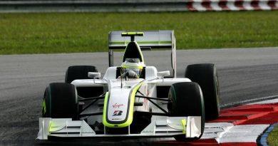F1: Barrichello diz que problema com mola começou no treino livre