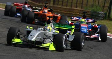 A1GP: Felipe Guimarães é o piloto mais jovem a subir ao pódio na A1GP