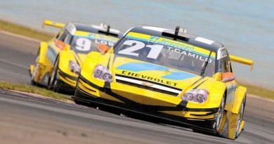 Stock Car: Thiago Camilo acelera mais forte na abertura dos treinos livres