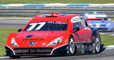 Stock: Valdeno lidera treinos da Stock Car em Curitiba