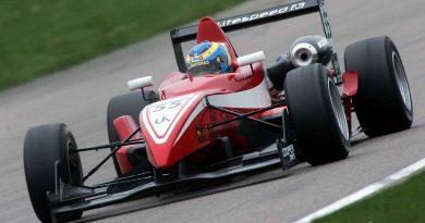 F3 Inglesa: Victor Corrêa aprova novidades testadas em Donignton Park
