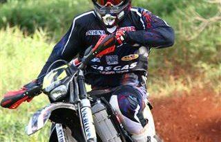 Moto: De volta ao Brasil, Felipe Zanol se prepara para participar do Mundial de Enduro