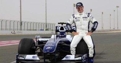 """F1: Rubens rumo a Valência: """"Cheio de vontade para andar no meu carro"""""""