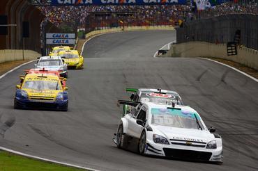 Stock: Gramacho Costa disputa a etapa de Curitiba com dois ex-pilotos de Fórmula 1