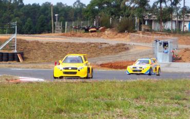 Stock: Navarro e Losacco inauguram circuito do Velopark