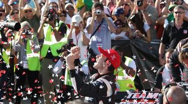 IndyCar: Helio Castroneves vence no Barber Motorsports Park