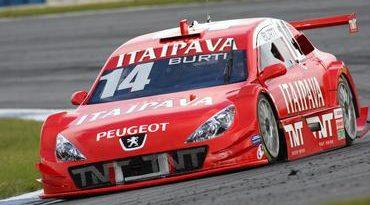 Stock: Quebra de Burti e acidente de Muffato tiram Itaipava Racing Team da corrida em Curitiba