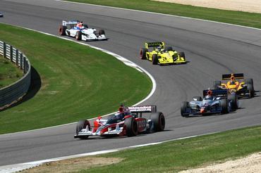 IndyCar: Mario Moraes gosta da prova no Alabama, mas lamenta confusão de companheiro nos boxes