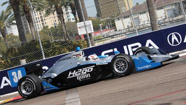 IndyCar: Romancini mantém liderança entre os estreantes