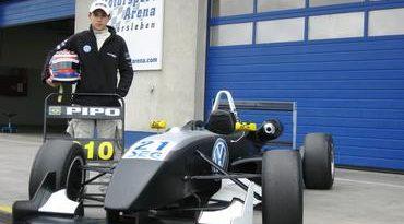 F3 Alemã: Com jovem brasileiro no grid, F3 Alemã começa temporada em Oschersleben