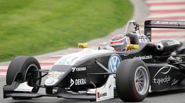 F3 Alemã: Pipo ganha 6 posições em três voltas