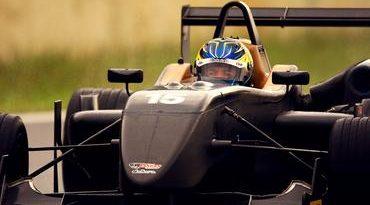 F3 Sulamericana: Correndo em casa, Yann Cunha inicia sua segunda temporada na categoria