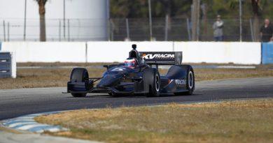 IndyCar: Rubens Barrichello assina com a KV Racing e será companheiro de Kanaan