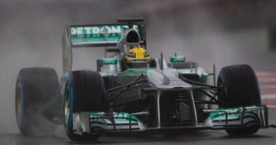 F1: Hamilton lidera último teste sob chuva, mas Pérez é o melhor da semana