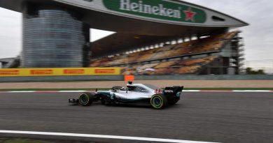 F1: Lewis Hamilton lidera o 2º Treino Livre em Xangai; 1 décimo separou os quatro mais rápidos