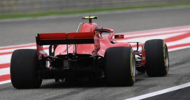 F1: Kimi Raikkonen lidera dobradinha da Ferrari no 2º Treino Livre para o GP do Bahrain