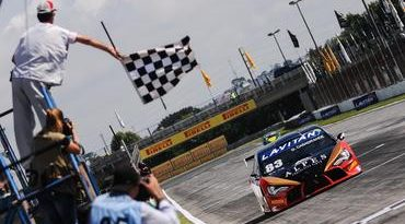 Campeonato Brasileiro de Turismo: Soberano, Casagrande sai em sexto e repete vitória
