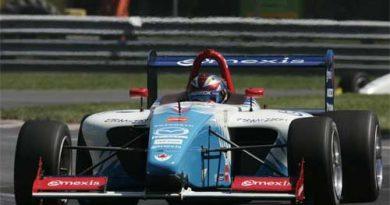 ChampCar Atlantic: James Hinchcliffe marca a pole em Montreal