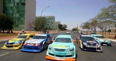 Stock: Treinos livres abrem a programação da Copa Nextel Stock Car em Brasília