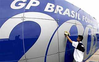 F1: Marcas de cigarro podem aparecer no GP do Brasil