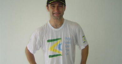 Stock Light: André Bragantini Jr. assina com a JF para 2007