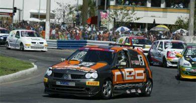 Copa Clio: Até bueiro torna-se desafio na corrida de rua de Vitória