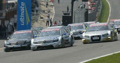 DTM: Bernd Schneider vence em Brands Hatch