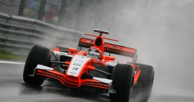 F1: Spyker retira o MF1 do nome