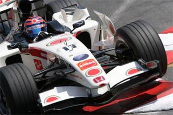 F1: Barrichello faz sua melhor prova da temporada