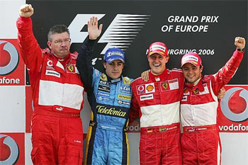 F1: Schumacher volta aos bons tempos e vence em Nürburgring