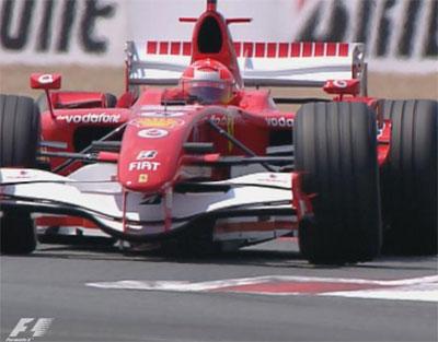 F1: Michael Schumacher e Felipe Massa na frente na casa da Renault