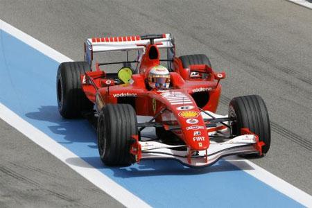 F1: Massa termina testes da Ferrari na frente