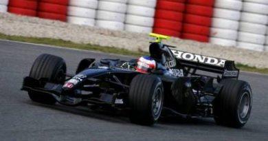F1: Honda apresenta o RA107 em Barcelona