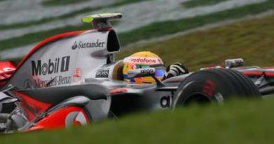 F1: Ferrari é a melhor no primeiro treino e McLaren no segundo