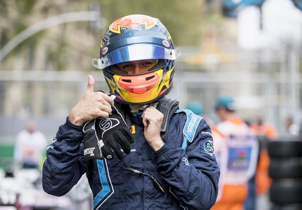 Fórmula-2: Alexander Albon marca a pole-position em Baku